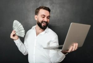 der-kontakt-zum-kreditvermittler-credimaxx-verläuft-online